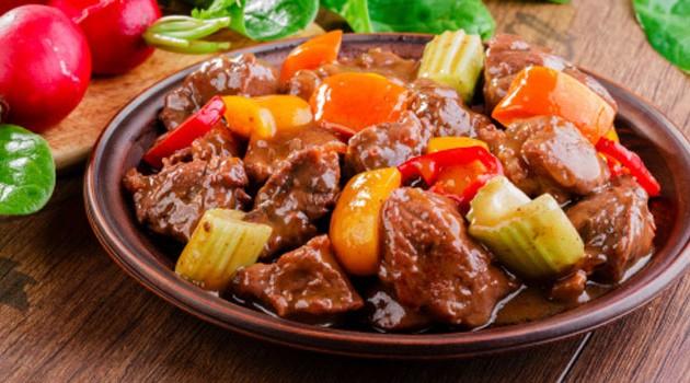 2015-06-carne-com-legumes