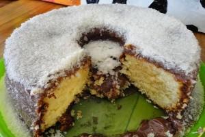 receita bolo de baunilha com cobertura de chocolate