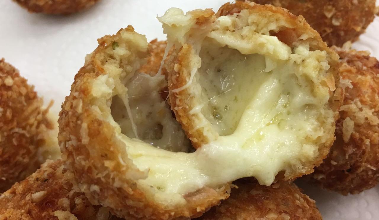 bolinho-de-queijo-com-aveia